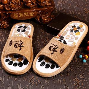 健康鹅卵石按摩拖鞋,让爸妈日常生活中享受足疗