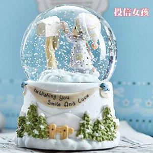 时光宝贝复古水晶球音乐盒,带雪花可旋转可发光可声控