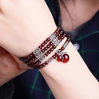 天然红石榴水晶手链,给本命年一个好兆头