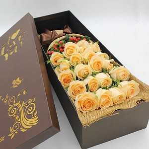 法式玫瑰花精致礼盒,送给女神最浪漫的礼物
